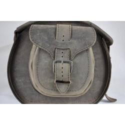 Läderfickor till sissybar väskor